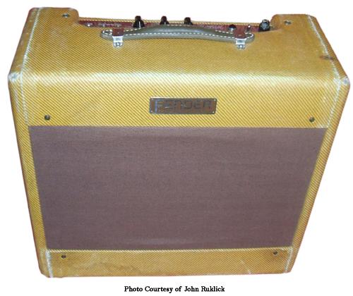 Fender Wide Panel Tweed Deluxe – Ampwares